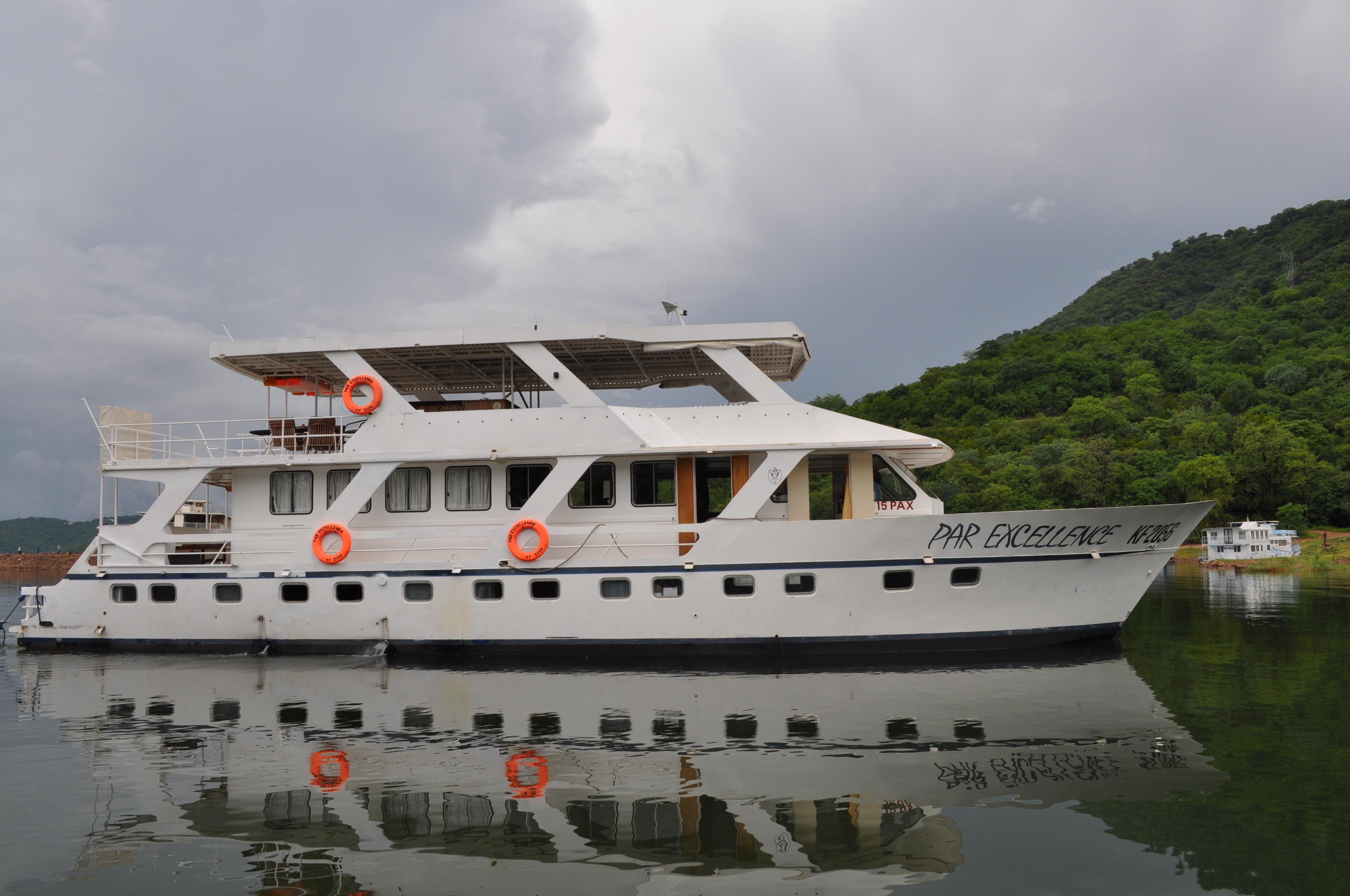 Houseboats 4 Africa Par Excellence